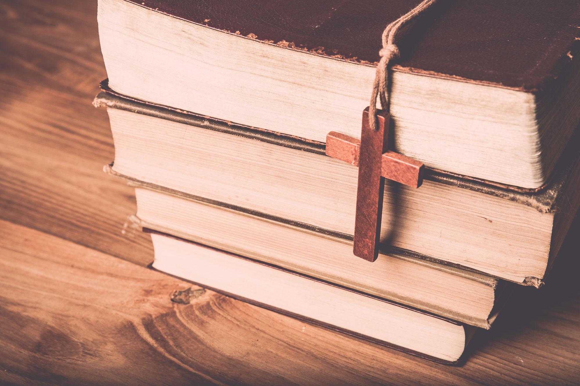 BooksWithCross